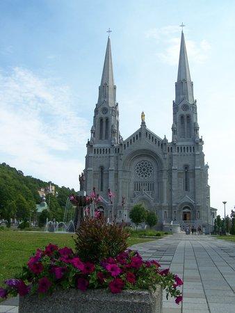 Sainte Anne de Beaupre, แคนาดา: Sanctuaire Sainte-Anne-de-Beaupré