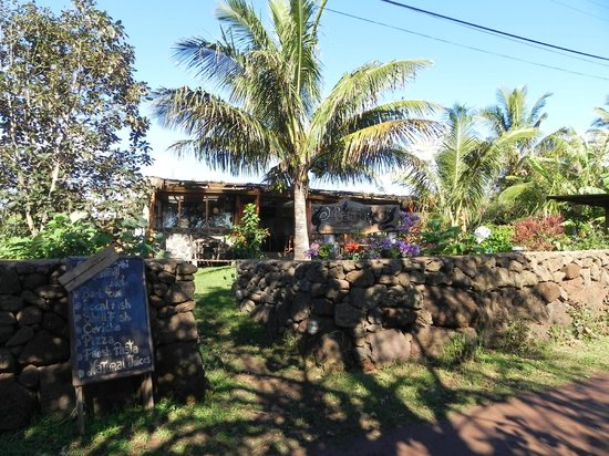Mamma Nui: View from the street