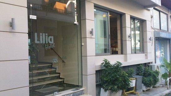 Hotel Lilia : Hotel entrance