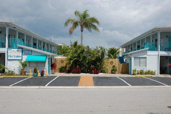 Five Palms Condominium Resort: Welcome to Five palms!
