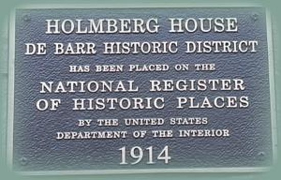 Holmberg House Bed and Breakfast: Holmberg House Built in 1914 - Celebrating 100 years!