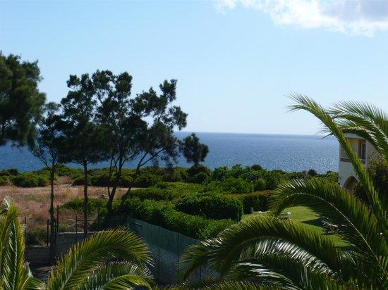 Hotel Baia Cristal: View from 3rd floor hotel balcony