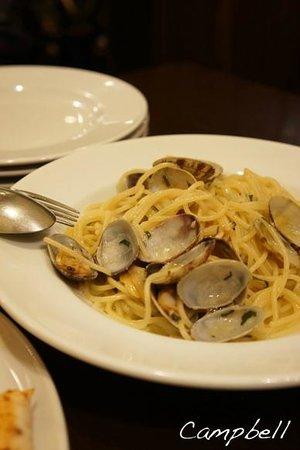 La Piccola Tavola: ボンゴレも本場のお味