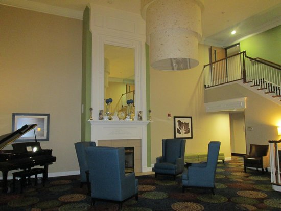Holiday Inn Express & Suites: Beautiful!!