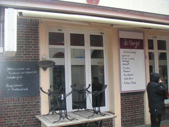 Restaurant Da Sergio: Außenansicht des Restaurants mit wohlklingenden Angeboten