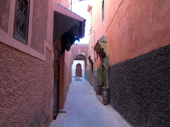 Dar Moulay Ali: Il vicolo dove si trova il riad