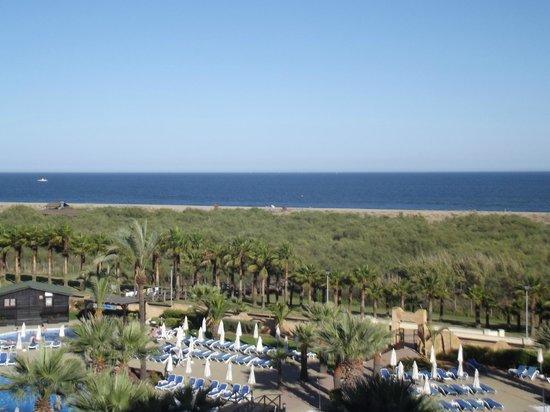 IBEROSTAR Isla Canela Hotel: Blick vom Balkon auf den Strand