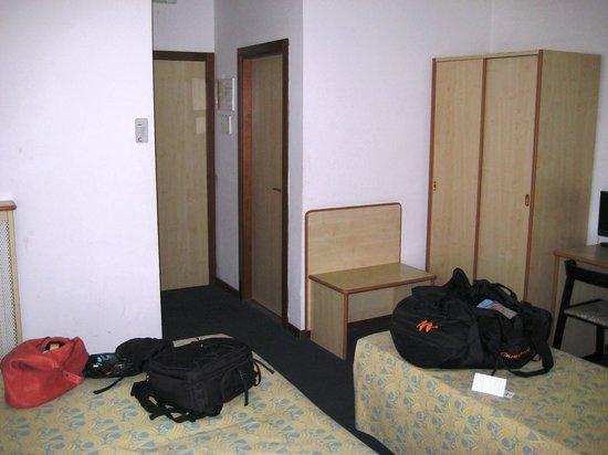 Hotel Alcide: ingresso camera