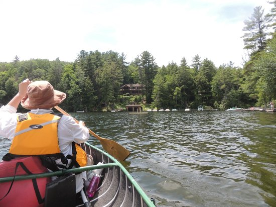 The Fern Lodge: paddling on Friends Lake