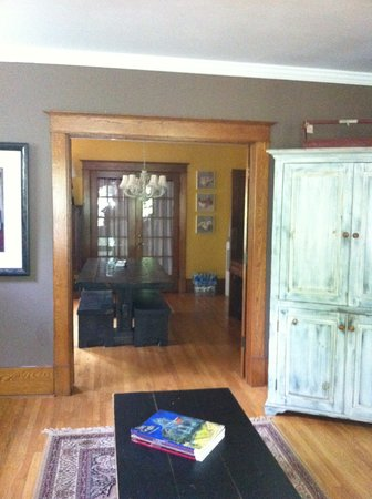 Au Petit Dormeur : View from living room