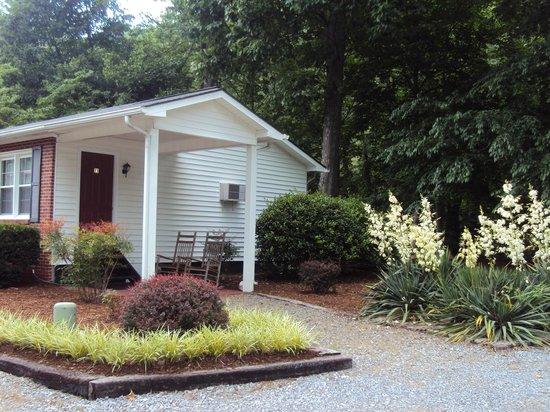 Five Star Inn: Cottage