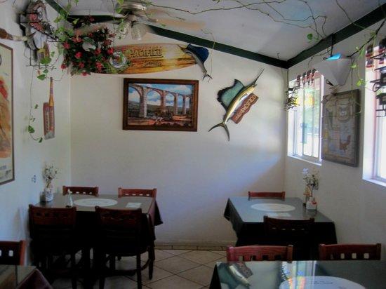 El Rio Mexican Restaurant: Smaller area of two inside