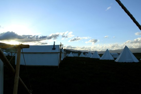 Yellowstone Under Canvas: Scenery & camp!