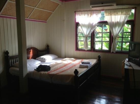 Ruenmaingam Resort Photo