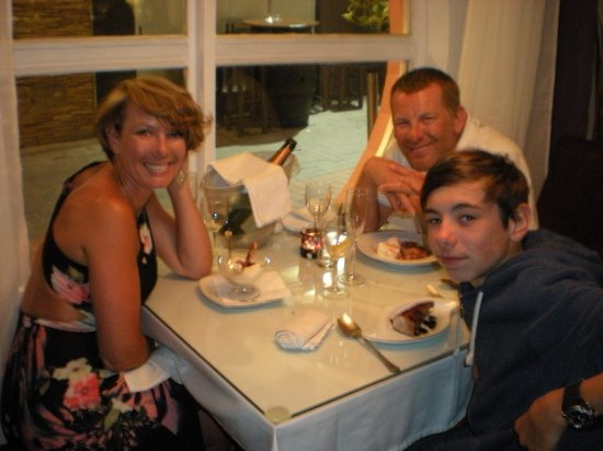 the thompson family enjoying another fab night at Paneil's