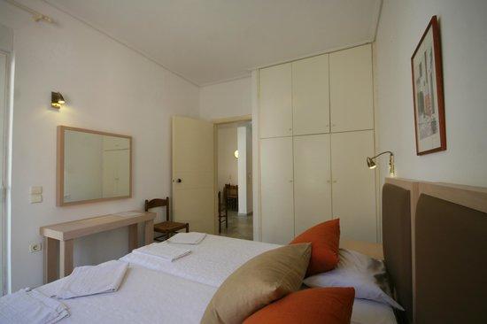 Elma's Dream Apartments & Villas: Bedroom of studio