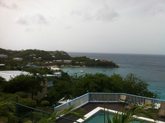 Paradise Cove Oceanfront Villas & Suites: View from the villa