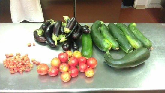 Auberge du Grand Chene: enfin avec 1 mois de retard les légumes  de l'AMAP