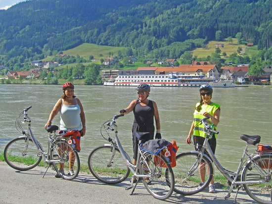 Donau Cycle Path
