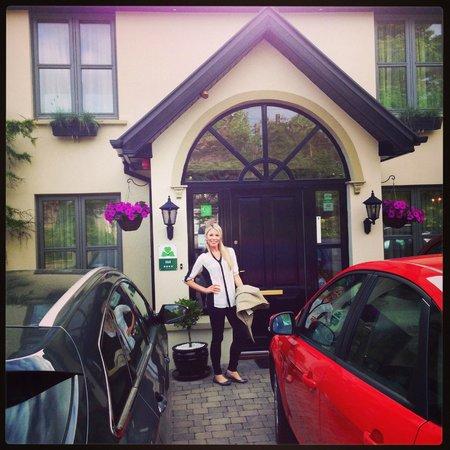 Larkinley Lodge: Front Door
