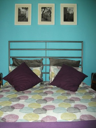 Johnies Place Lisbon Hostel & Suites : Doppelzimmer