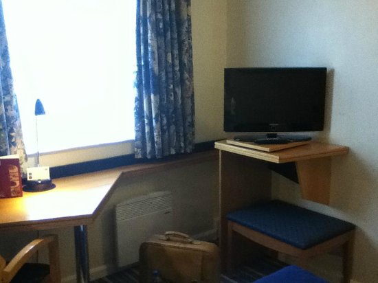 Holiday Inn Express Stafford M6 Jct. 13: Tv