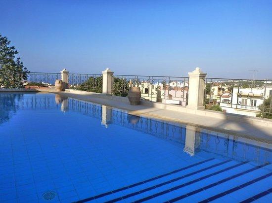 Casa dell' Aristea: Aussicht der Terrasse mit Pool