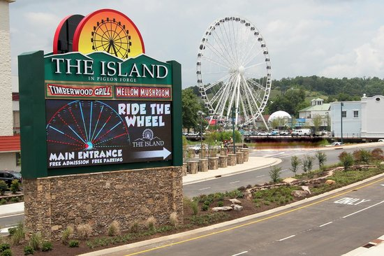 The Island in Pigeon Forge - Picture of The Island in Pigeon Forge - TripAdvisor