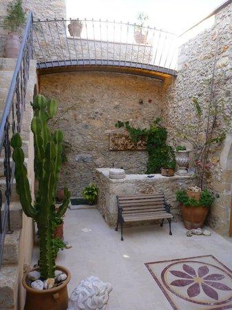 Casa dell' Aristea: Innenhof bei Tag