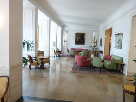 Hotel Bad Schachen : le hall de repos