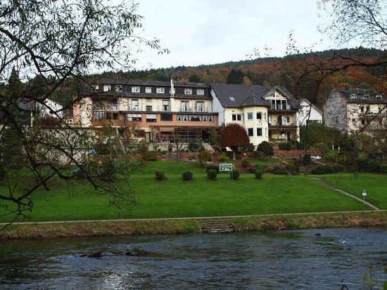 """Gasthaus-Pension """"Unter der Burg"""""""