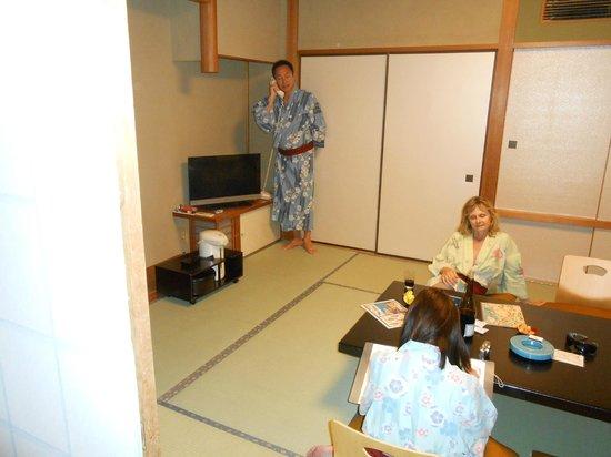 Shimoda Yamatokan: room