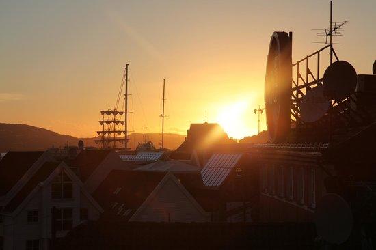 Bergen YMCA Hostel: Sunset