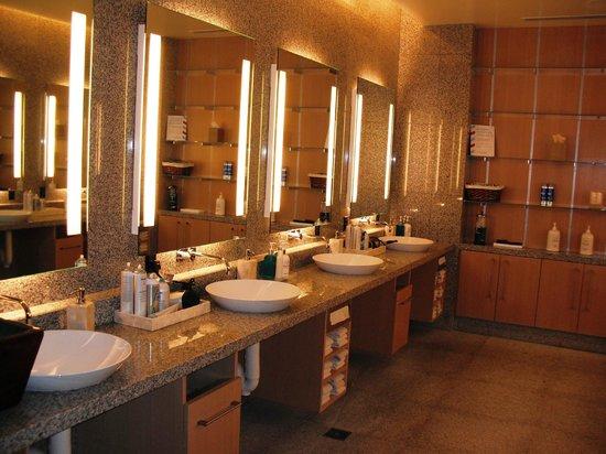 The Spa & Salon at Aria : Men's Prep Area