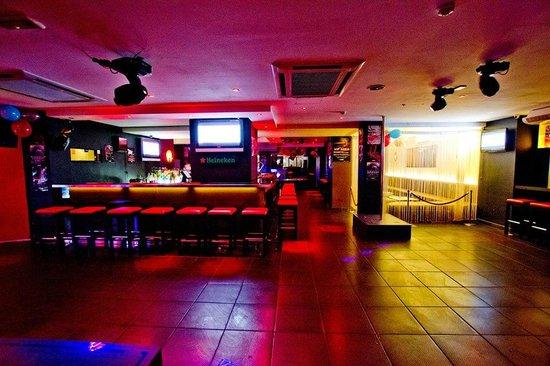 DASH Club (Inside)