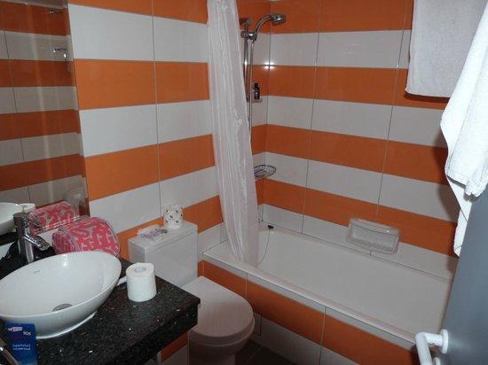 كيفالوس - دامون هوتل أبارتمينتس: New bathroom