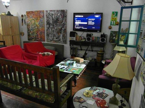 Vila Carioca Hostel: Sala