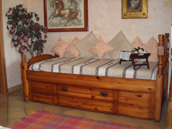 Bed and Breakfast Parco dei Gessi: Letto singolo