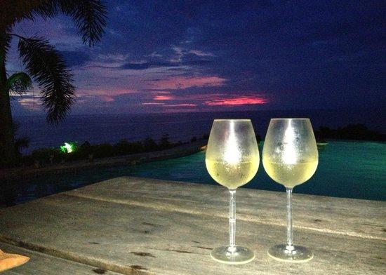Hotel Vista de Olas: 2nd sunset, June 12, 2013.