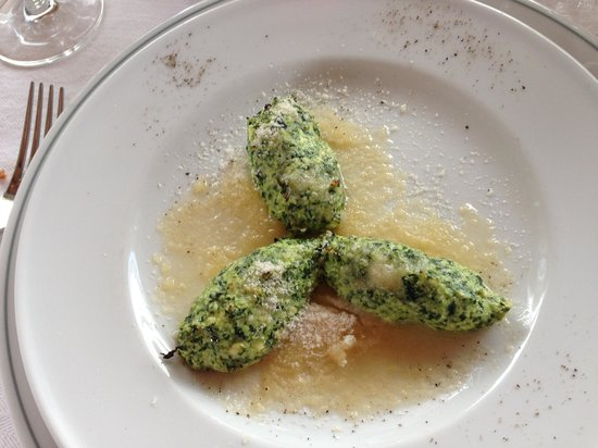 """Nude"""" Ravioli (ricotta and swiss chard with parmesan) - Picture of ..."""