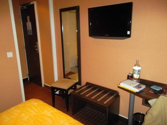 Jack's Hotel : Bedroom