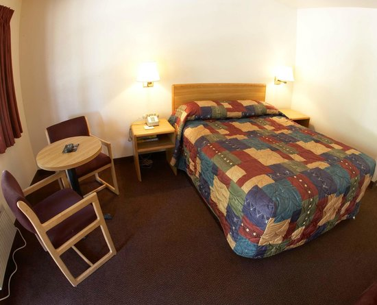 E Z 8 Motel -San Jose II: Guest Room