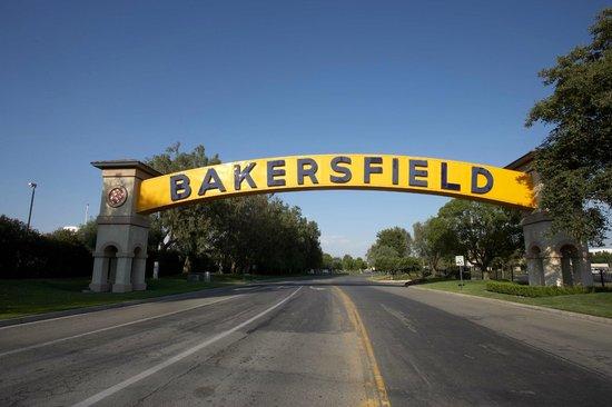 E-Z 8 Motel : Bakersfield