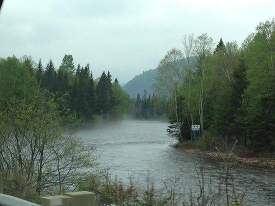 Ferme 5 Étoiles  : Le Saguenay et la rivière
