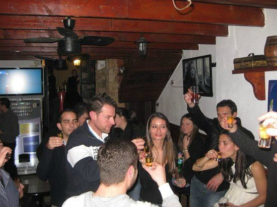 Step Down Bar: Weekend party mood :)