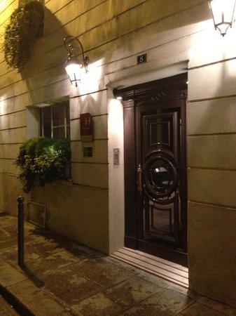 Hotel Verneuil Saint-Germain: Hotel entrance