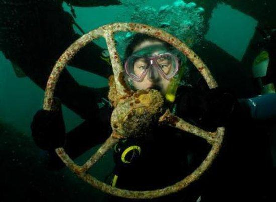 Santo Island Dive and Fishing: Uss Tucker