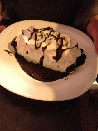 ludovic b .restaurant : Meringue with chicolate