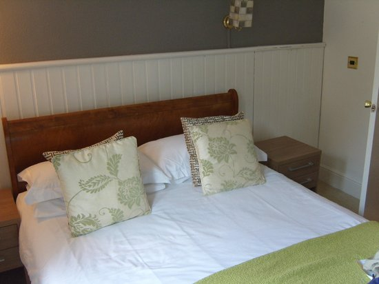 The Elmfield: Bedroom