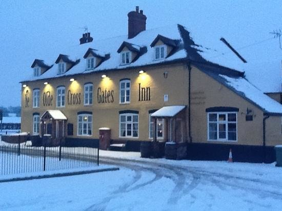Ye Olde Cross Gates Inn: snowy cross gates